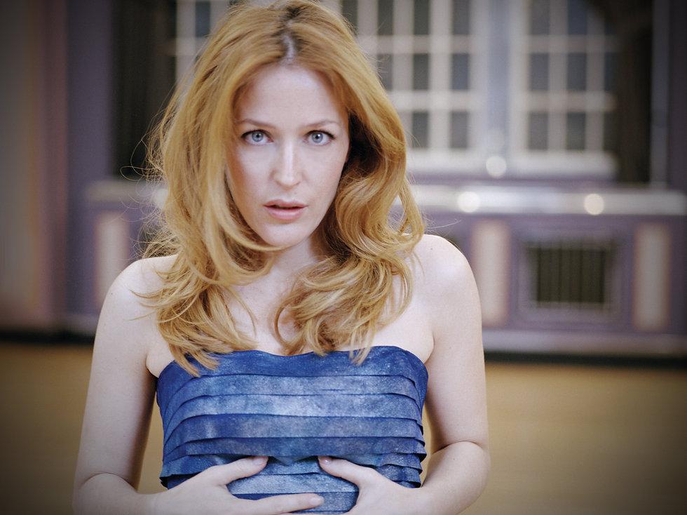 BLAG_Cover_GillianAnderson.jpg