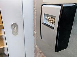 Verwaltung Ferienwohnungen Schlüsselsafe und Reinigungskräfte