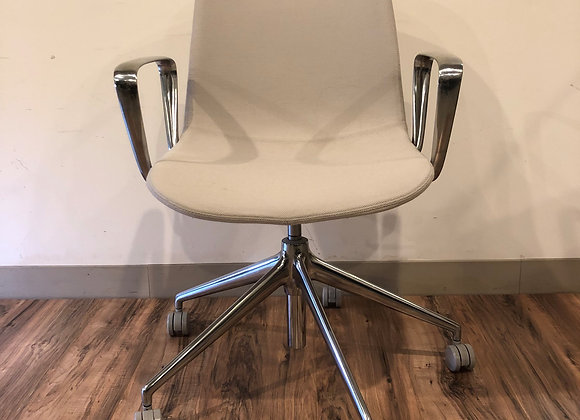 Stylex Verve series with casters