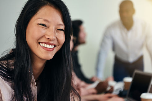 Asian busiess woman.jpg