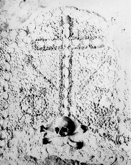 Convento dos Capuchos - Porta da Morte,