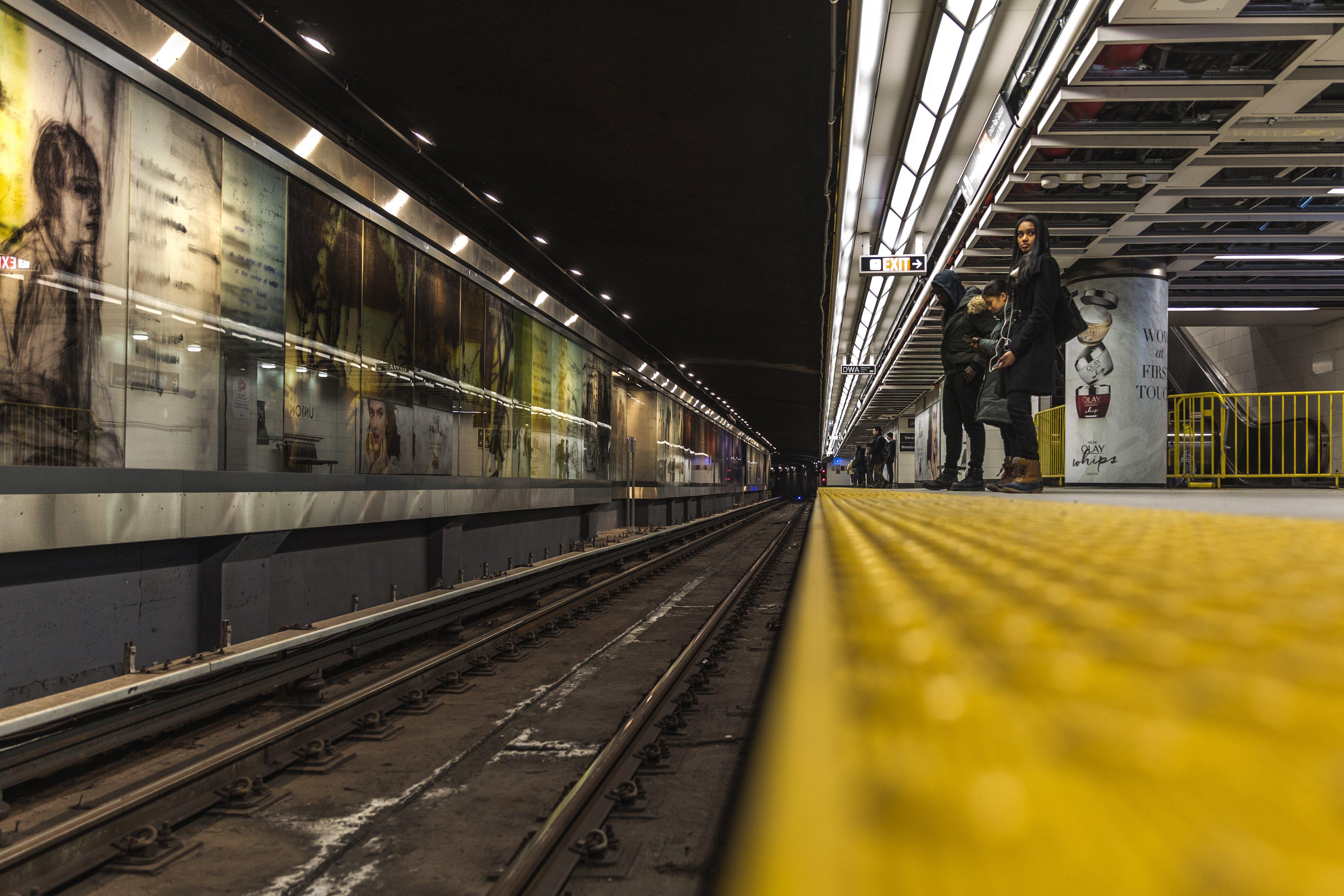 Subway NYC Stop Mind the Gap