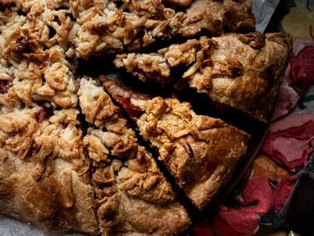 Quince crumble tart