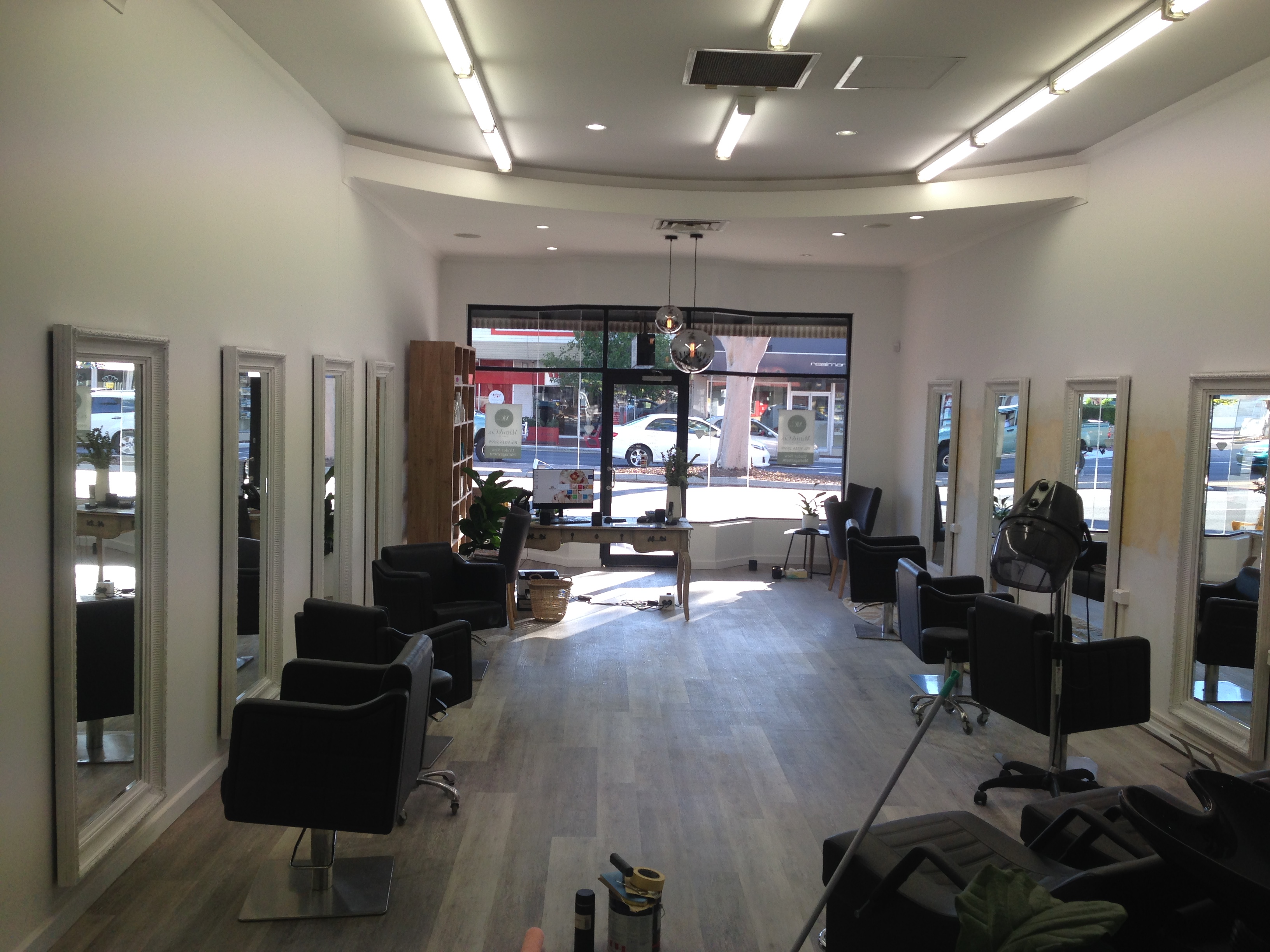 Hairdressing salon renovation