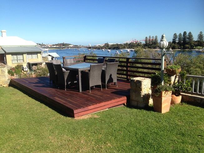 Deck, East Fremantle