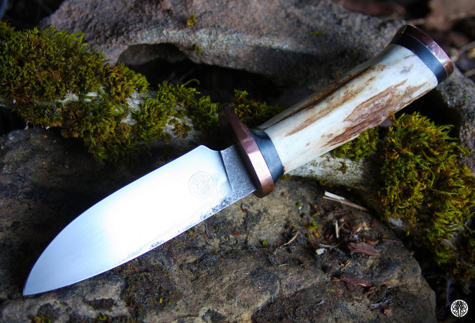 Upside down knife