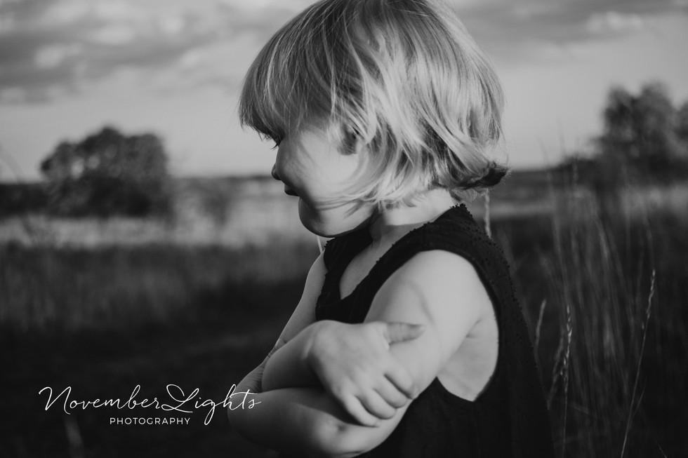 kinderfotos-in-schwarz-weiß