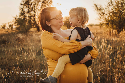 babybauchfotos-mit-geschwisterkind