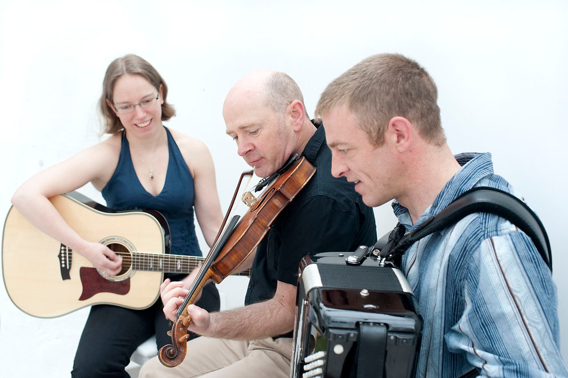 Tarmachan - Perthshire ceilidh band and folk music