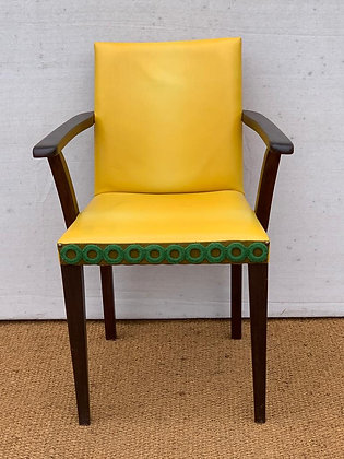 UPCYLED VINTAGE CHAIR