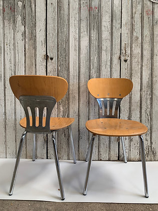 Set of 6 Chrome and Ply Chairs