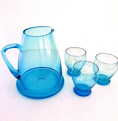 BLUE VINTAGE GLASS JUG AND 3 MATCHING GLASSES