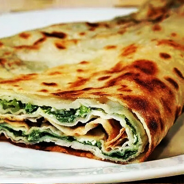 GOZLEME SPINACH AND CHEESE