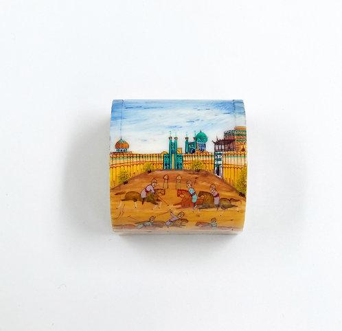 Petit boîte minature en os de chameau