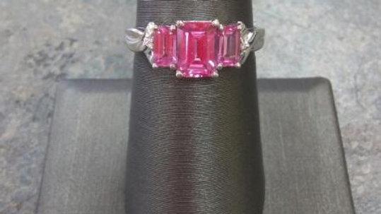 Ladies Pink Sapphire Ring