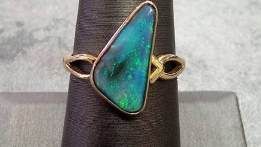 Ladies Opal Fashion Ring
