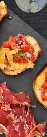 Ardoise de jambon Serrano et son pan con tomate
