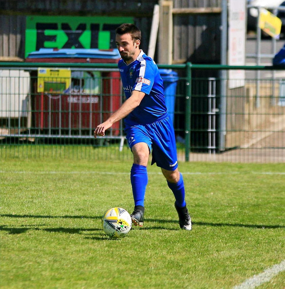 Davide Pobbe Dunstable Town Football Club