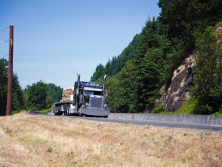 Trust a Professional with Roadside Assistance for Semi-Trucks