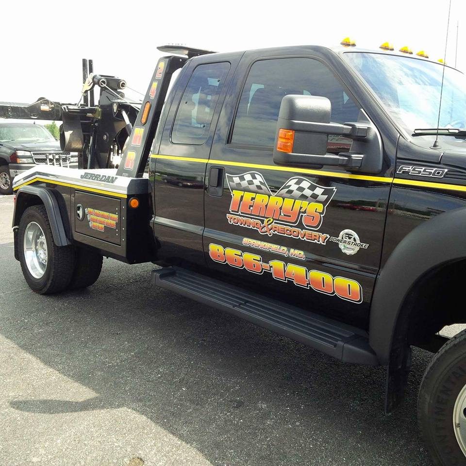 Wrecker Service Terry S Auto Service And Towing