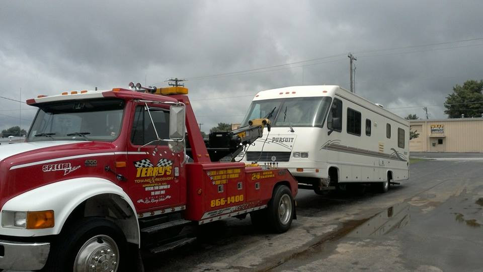 Wrecker service and RV