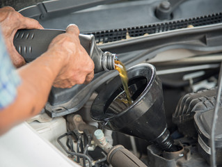 Auto Shop Advice: What Type of Oil is Best for My Car?
