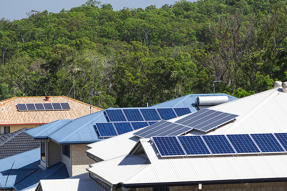 solar panels on top of energy efficient homes