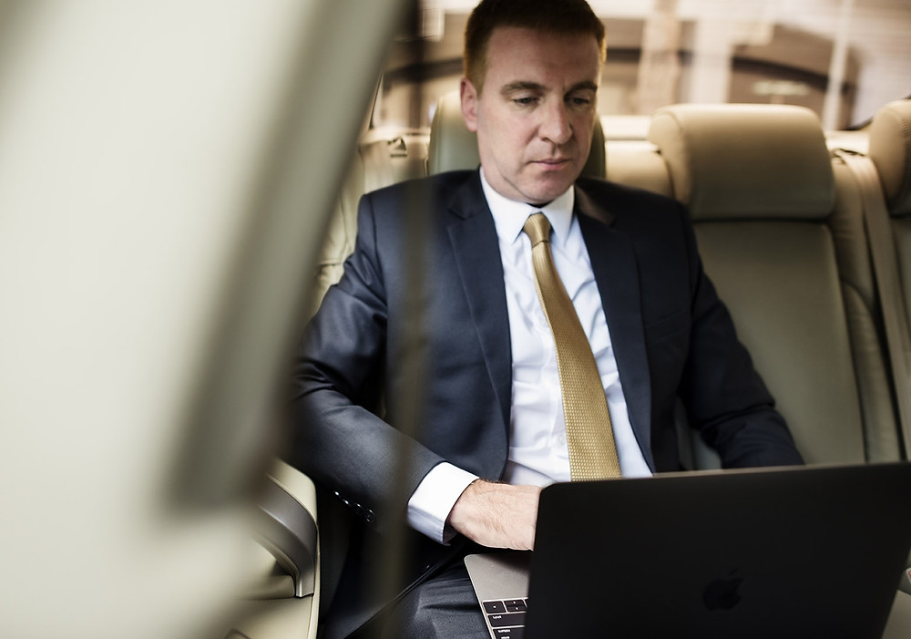 Custom Limos are Great Offices