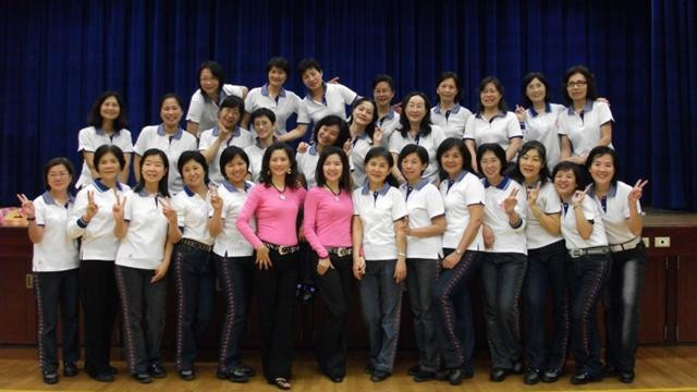 """Sue & Kathy taught a workshop to a team of instructors of  """"International Line Dance Associ"""