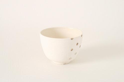 銀彩ドットの抹茶椀 (部分柄)