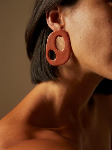 Dokutsu earrings