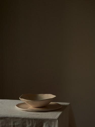 Tsuki plate and bowl