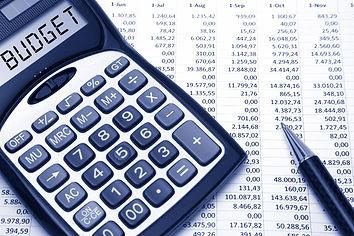 calculating-budget.jpg