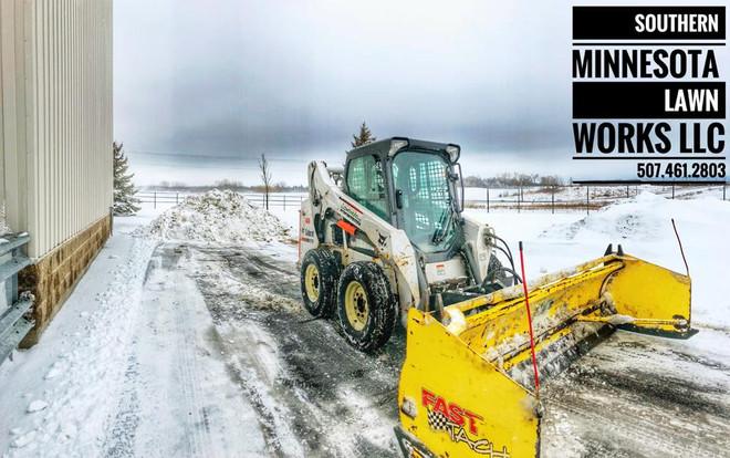 Snow Removal Owatonna 3.jpg