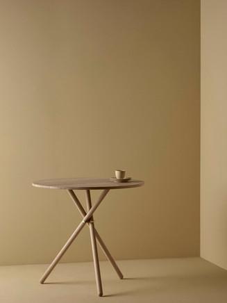 Eberhart_furniture_Aldric_Caf%C3%A9_Cafe