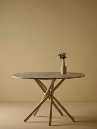 Eberhart_furniture_Hector_Dining_Table_R