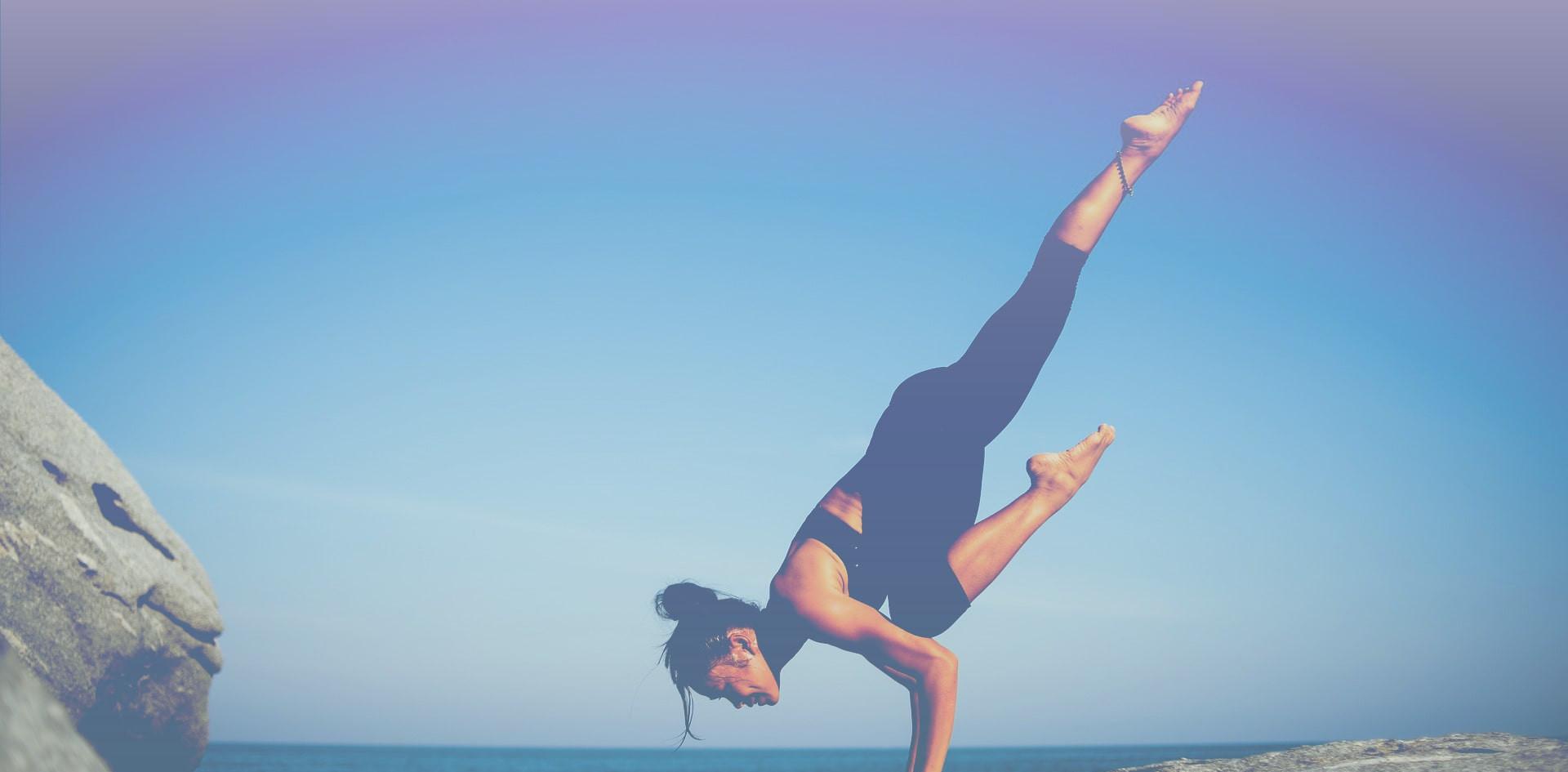 yoga-2587066_1920_EDT-min.jpg