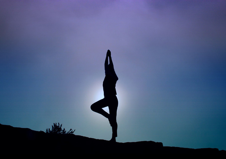 yoga-pose-1082172_1920_EDT-min.jpg