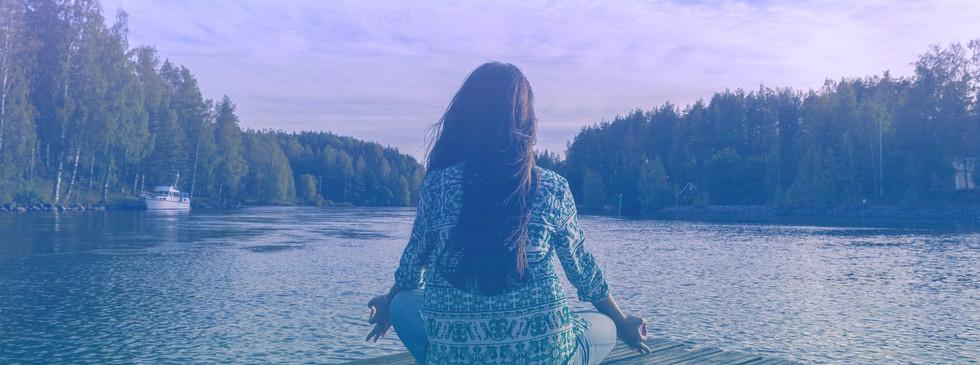 yoga-2176668_1920_EDT-min.jpg
