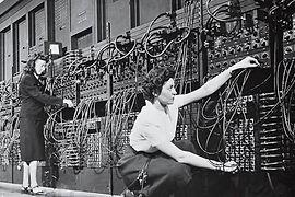 Marlyn and Ruth ENIAC.jpg