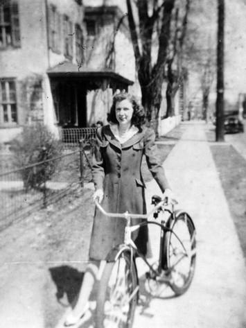 Kay with Bike.jpg
