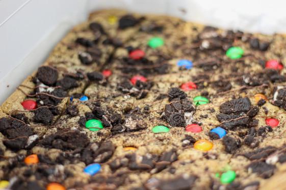 Oreo and M&M's Cookie Slice