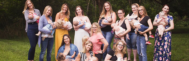 Mothers, babies breastfeeding, support group