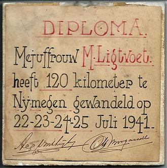 WW2 - 1941 cert (2).jpg