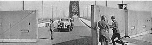 War-Bridge 1940 (barrier1).jpg