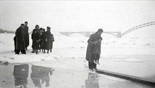 War-Waal 1942 (2).png