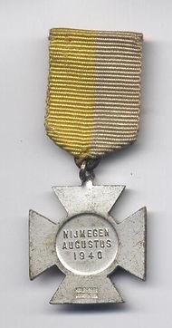 WW2 - 1940 Nood Medal (R).jpg