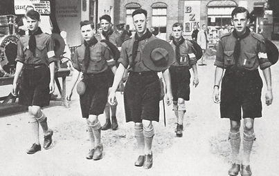 Youth padvinders 1932 (1).jpg