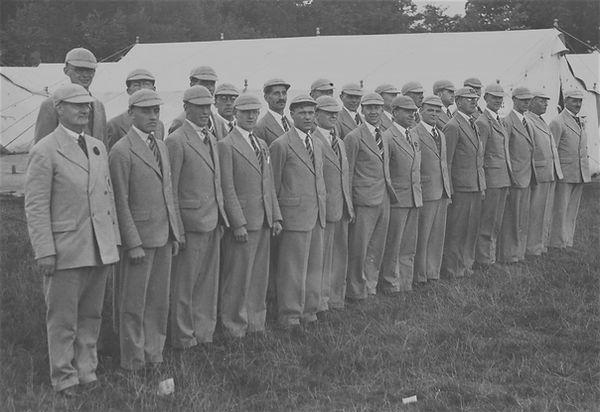 RWA 1931 group.jpg