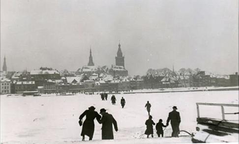 War-Waal 1942 (1).png